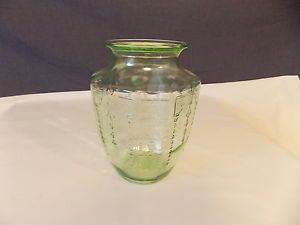 "1930s Anchor Hocking Princess Pattern Green Depression Glass 8"" Vase"