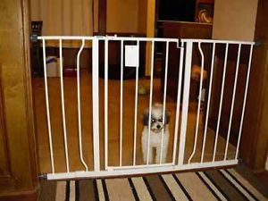 Regalo Extra Super Wide Walk thru Baby Pet Child Safety Gate