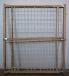 "Wooden Pet Baby Child Expandable Safety Gate 29 5 to 50"" 75 127cm Openings"