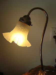 L L WMC Gooseneck Desk Lamp w Lily Pad Brass Base Fluted Shade