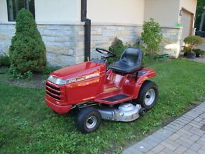 Honda 4514 Riding Tractor Lawn Mower