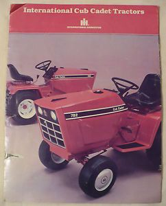 Vtg 70's IH Cub Cadet Lawn Mower Tractor Advertising Brochure 182 to 982 Models