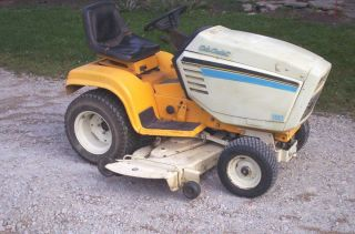 Cub Cadet 1862 Lawn Tractor Riding Mower