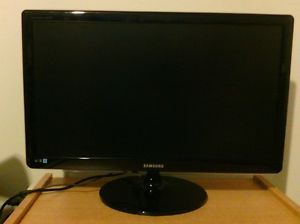 "Samsung SyncMaster S27A350H 27"" Widescreen LED LCD Monitor"