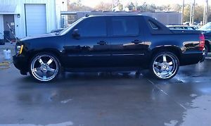 "26"" Hypnotic Zen Wheels w Tires Avalanche Tahoe Escalade Silverado Used"