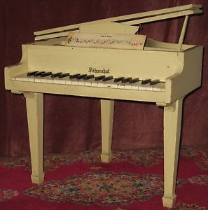 Antique Vintage Collectible Schoenhut Childs Toy Baby Grand Piano 37 Keys Sound