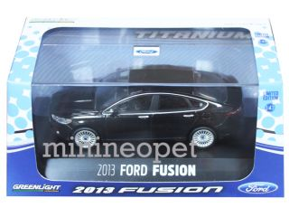 Greenlight 86036 2013 13 Ford Fusion 1 43 with Display Case Black
