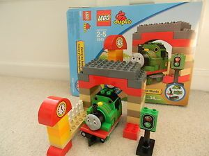 Lego Duplo 5543 Thomas and Friends Percy at The Sheds Complete Set