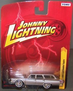 Johnny Lightning 1 64 JL Forever 64 R27 1960 Ford Country Squire NIP