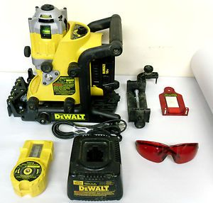 Dewalt DW073 Cordless Rotary Laser Kit Level with Accessories and Carry Case