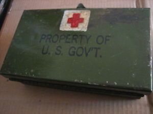 WW2 Jeep Vehicle First Aid Kit with Contents WWII Medical Medic M D USA