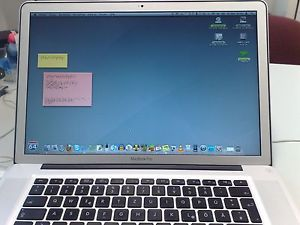 "Apple MacBook Pro 17"" Laptop April 2006 2 Gig Memory New Battery"