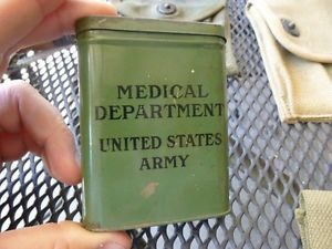 WW2 United States Army Medical Department First Aid Pocket Tin Container