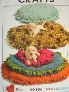 Dog Cat Pet Beds Fleece Sewing Pattern McCall's M5410 Scroll Down 4 Mail Saving