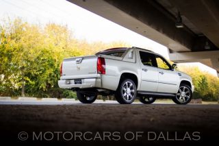 Cadillac Escalade Ext Accessories