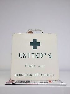 Vintage United Airlines Metal First Aid Kit Box Wall Hanging