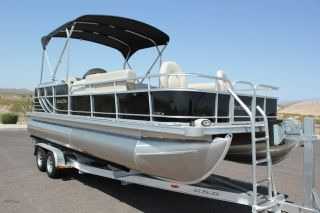 522FC Mercury 115HP 4 Stroke Brand New Boat in AZ