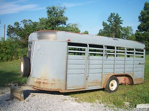 1988 Kiefer Built Horse Trailer