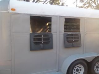 2 Horse Slant Bumper Pull Horse Trailer Needs to Sell to Al or GA No Title