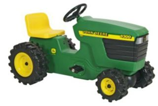 JOHN DEERE TOYS PLASTIC PEDAL TRACTOR CARS FOR KIDS 34380 NEW  US