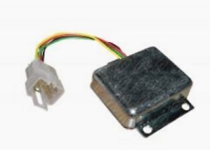 AR77485 AT21815 John Deere 1020 1520 1530 2020 301A 12 Volt Voltage Regulator