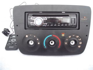 Pioneer DEH 7300BT CD Player in Dash Receiver with 2006 Ford Taurus Radio Bezel 4988028121234