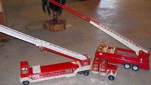 2 Tonka Fire Trucks Toy Fire Engines Trains Collectables