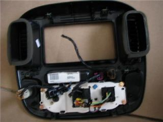 2001 Ford Escape Radio Climate Dash Bezel Air Vents '01