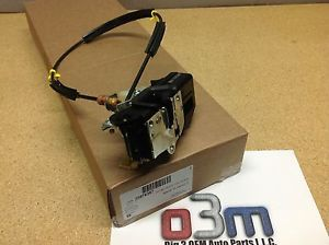 Chevrolet Silverado Avalanche GMC Sierra RH Front Door Lock Actuator New