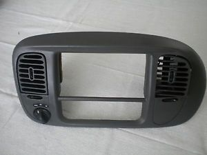 Ford F 150 F150 Expedition 97 02 Radio Climate Dash Trim Bezel 4 x 2 Grey