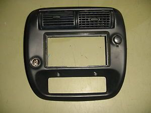 95 96 97 98 99 00 01 Ford Ranger Radio Dash Bezel w 2WD Dual Lighter