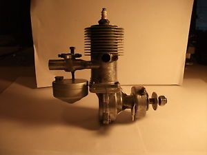 Vintage Forster 99 Spark Ignition Model Airplane Engine with Gas Tank and Box