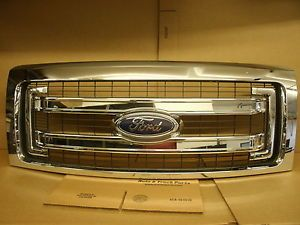 New 2013 Ford F150 Chrome Grill Black Insert OEM DL3Z 8200 Da Surplus