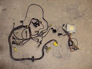 Toyota Hilux Pickup Truck 4Runner 22RTE Engine Harness Transmission ECU 85 86