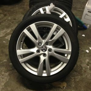 "2013 Nissan Altima 18"" Wheels and Tires Factory"
