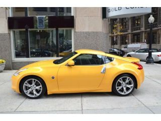 2009 Nissan 370Z 6 Speed 1 Owner Yellow Black Clean Car Call Now