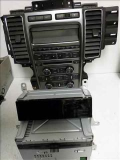 2010 Ford Taurus 6 Disc CD  Player Radio LKQ