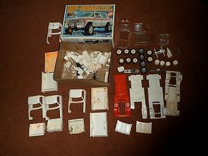 Vintage MPC Dodge Pickup camper Off Road Truck Model Kit 1 25 Junkyard Parts