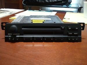 Mint BMW E46 Business CD Player Radio 1999 2006 BMW 3 Series Model No CD53
