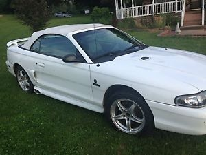 1997 Ford Mustang GT Convertible 2 Door 4 6L V8