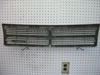 Dodge Caravan Front Grille Assembly Minivan Mini Van 91 92 93 94 95