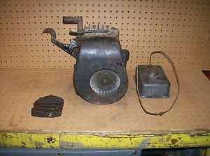 Antique Vintage Briggs Model Wm Kick Start Washing Machine Engine Motor Runs