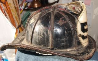 Cairns Boston Fire Dept Helmet Engine 54 Long Island Boston Harbor
