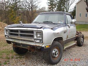 1990 Dodge 2500 Pickup Truck for Project or Parts