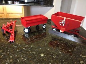 Vintage Ertl International Harvester Loadstar Farm Grain Truck Parts