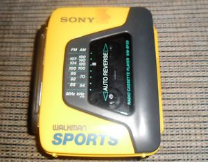 Vintage Sony Walkman FM Am Sports Radio Cassette Player Wm BF59 w Auto Reverse