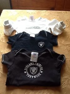 Small Oakland Raiders Lot Baby Boys Clothes 6 9 Months and 24 mths 3 Pieces