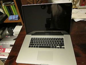 "Apple MacBook Pro 17"" Laptop MC024LL A AppleCare Until Jan 2014"