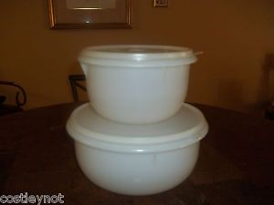 Tupperware Mixing Bowls White Set of 2 with Lids Large 12 Cup and Medium 8 Cup