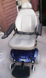 Pride Jazzy Select Power Chair Battery Charger and Owners Manual